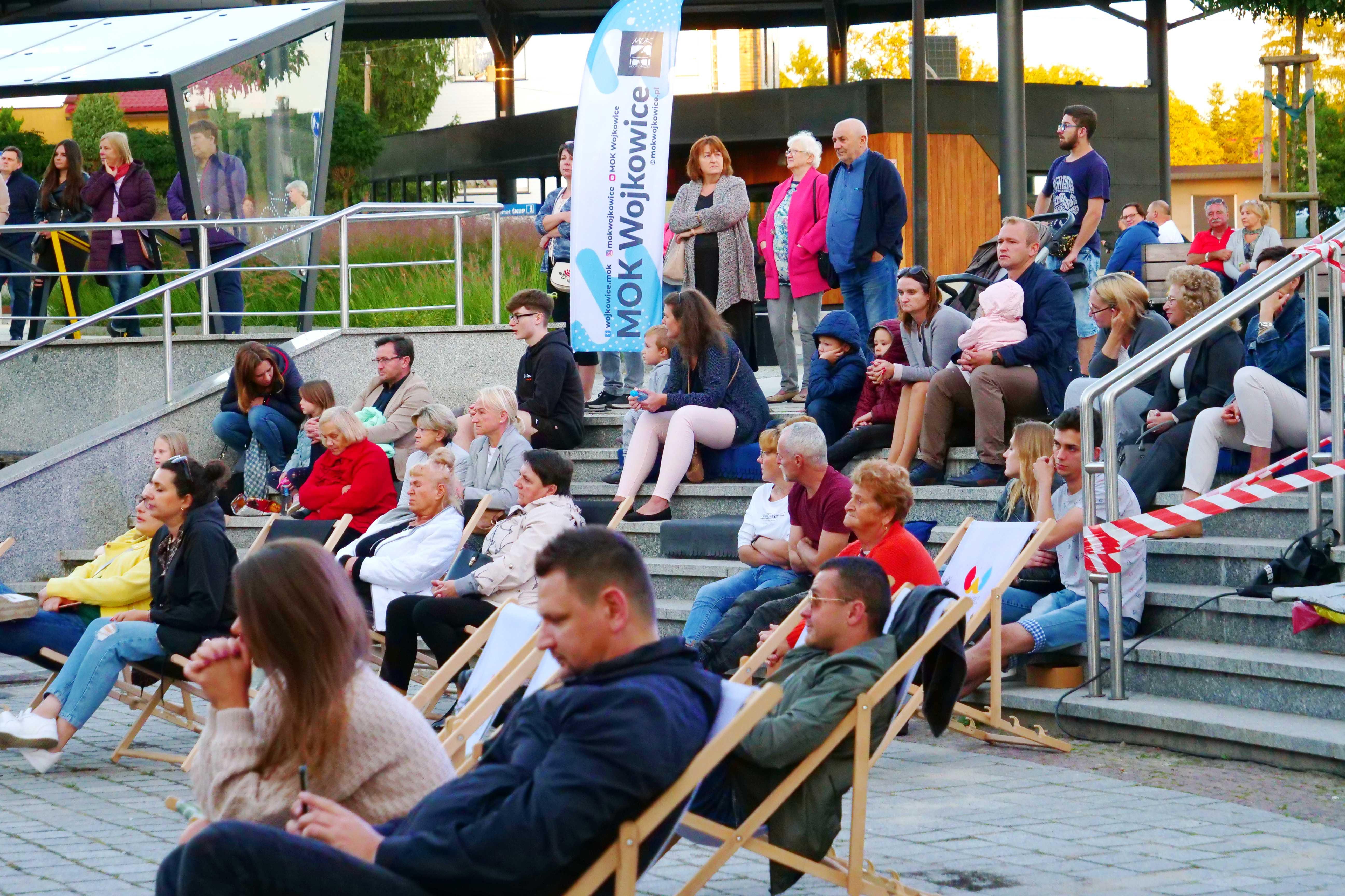Publiczność podczas Wieczorku Muzycznego w Parku Miejskim, MOK Wojkowice